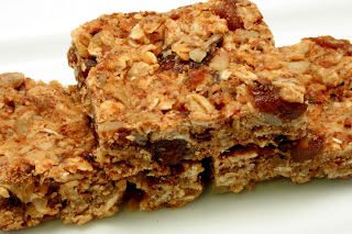 apricot-nut breakfast bar